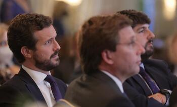 Casado advierte de que España