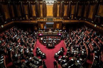 El Gobierno italiano obtiene la confianza del Senado