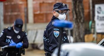 Hiere a dos agentes de la Policía Local tras ser detenido