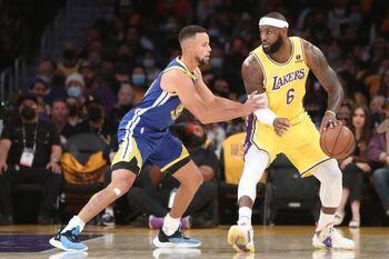 Los Warriors tumban a unos 'nuevos' Lakers sin química