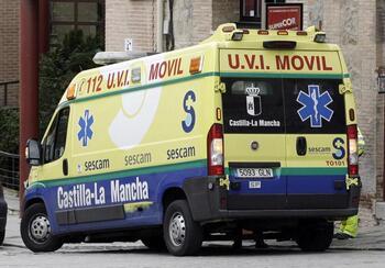 Sanidad garantiza el servicio de UVI móvil en Almansa