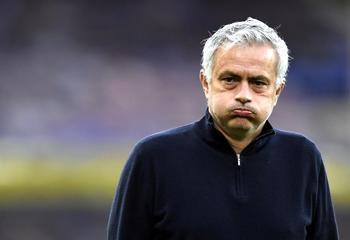 El Tottenham despide a Mourinho
