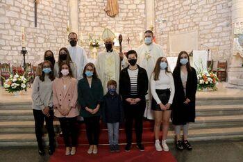 Pareja agradece la labor de la Iglesia durante la pandemia