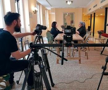 Elisa Sanz y María Velasco dan voz a mujeres de la escena