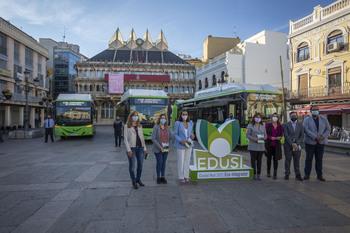 Tres nuevos autobuses a gas circularán desde el lunes