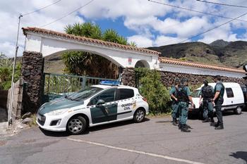 La Benemérita regresó ayer a la casa de Candelaria para buscar nuevas pistas del caso.
