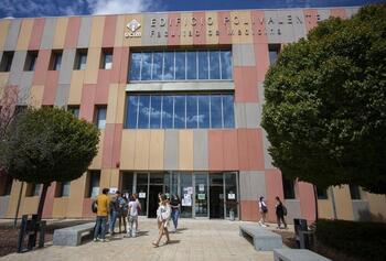 Medicina retoma seminarios de investigación biomédica