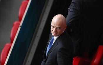Varias federaciones europeas amenazan con dejar la FIFA