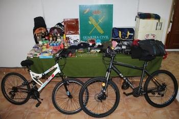 Cárcel para dos 'okupas' que robaban en casas de El Espinar