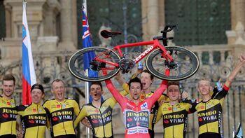 Roglic rubrica su tercera Vuelta con una última exhibición
