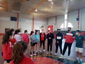 El alcalde y el concejal de Deportes de la localidad visitaron a distintos equipos.