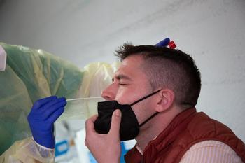 Sanidad registra 10.875 nuevos casos de Covid-19