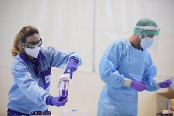 La incidencia en España sigue en descenso y toca los 59 casos
