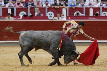 Serrano cortó una oreja a cada uno de sus enemigos en Bargas