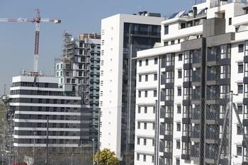 La compraventa de vivienda nacional sube un 32,4% en marzo
