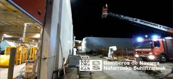 Incendio de madrugada en la empresa Nano Automotiv de Tudela
