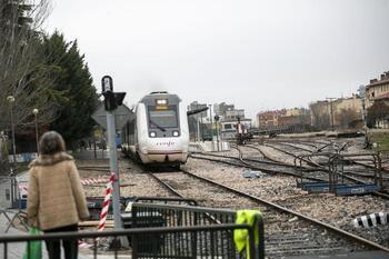 El PP acude mañana a la concentración para defender el tren