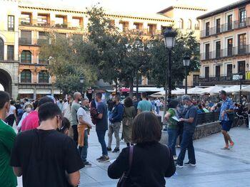 El fin de las restricciones llena Toledo por el puente