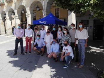 El PP recoge firmas en Ávila contra los indultos del Procés