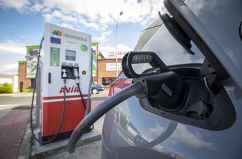 Ariauto anima a La Rioja a ser referente del eléctrico