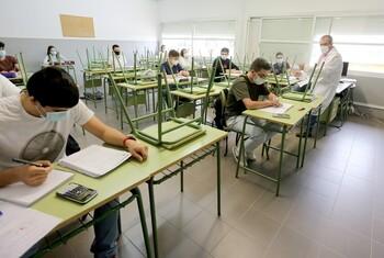 CCOO quiere la prórroga de los contratos docentes por Covid