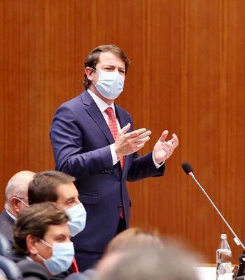 Mañueco acusa a Tudanca de «alentar el transfuguismo»