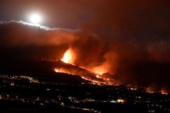 Aparece una nueva boca eruptiva en La Palma