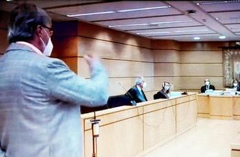Alejandro Gil defiende la gestión de la alcaldesa