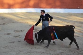 Sergio Serrano triunfó con claridad en Povedilla