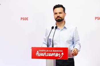 PSOE presume de modelo económico. El PP pide rebaja fiscal