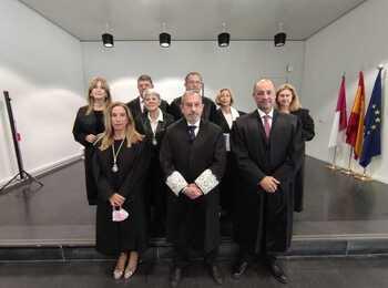Los abogados homenajean a 15 letrados del turno de oficio