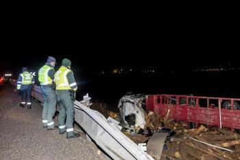 Un camionero cántabro de 48 años -el único transportista fallecido en accidente de tráfico en este 2020- perdió la vida en la BU-30 el pasado 3 de diciembre tras salirse de la vía frente a Campofrío.