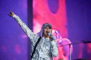La irreverente Miley Cyrus, nueva imagen de Gucci