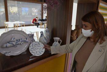 Élez presume en Fitur de cerámica y declaración de la UNESCO