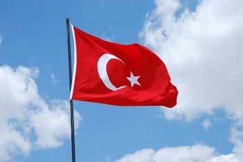 Turquía blinda su frontera con Irán para detener a refugiados