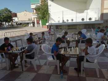 Fin de semana de ajedrez y bicicleta en Miguel Esteban