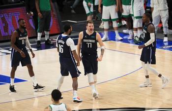 Doncic desata la locura ante los Celtics