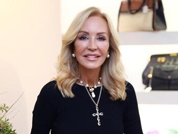 Carmen Lomana tiene el look perfecto para tus noches de verano