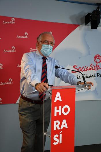 PSOE saca pecho de ritmo de vacunaciones