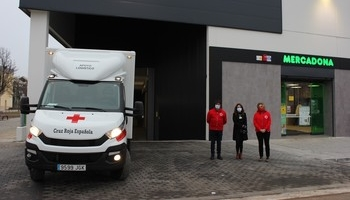 Mercadona dona 11.000 productos infantiles a Cruz Roja