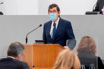 El consejero de Salud de Murcia renuncia a su cargo