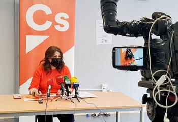 Marta Sanz (Cs) pide más vacunas a Moncloa