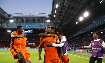 Países Bajos se apunta un vibrante estreno ante Ucrania