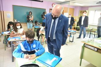 Uruñuela apuesta por una escuela rural moderna y estable