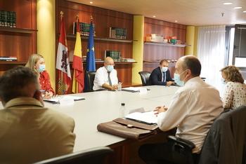 Castilla y León acoge 221 refugiados afganos de 38 familias