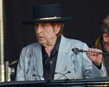 Bob Dylan, acusado de abusar sexualmente de una niña en 1965