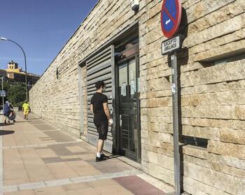 IU y PSOE exigen recuperar pediatría de tarde en San Lorenzo