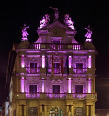 Pamplona, de morado en el Día Mundial del Alzheimer