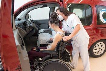 Parapléjicos aborda la conducción tras una lesión medular