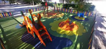 Azuqueca termina la mejora de cuatro áreas de juego infantil
